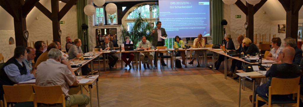 Die CDU-Kreistagsfraktion bei der Arbeit